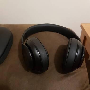 buy beats studio wireless bluetooth noise cancelling headphones matte black free delivery. Black Bedroom Furniture Sets. Home Design Ideas